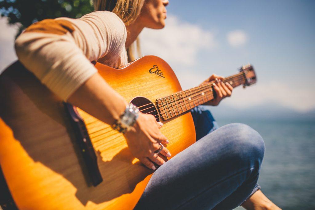 acoustic-925174_1920