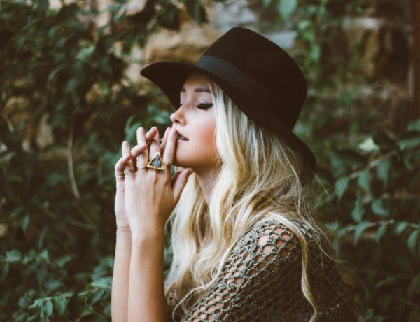 kobieta blond kolor